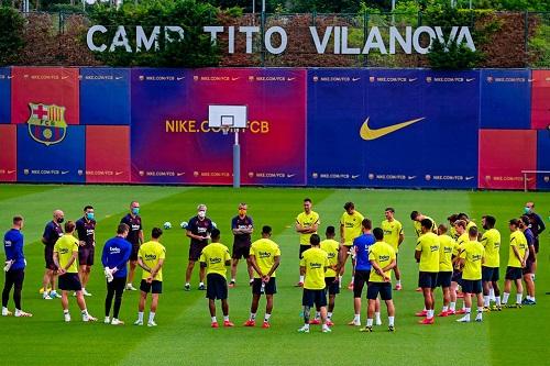 خبر سار في أول تدريب جماعي لفريق برشلونة