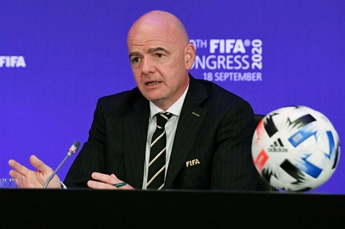 إنفانتينو: الصحة يجب أن تكون أولوية من أجل عودة الجماهير للملاعب