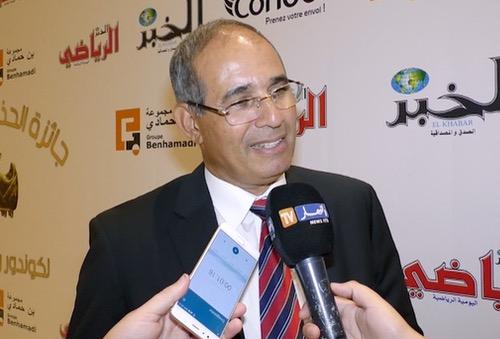 شبيبة القبائل الجزائري يتوصل إلى اتفاق مع بادو زاكي لتدريبه لمدة 18 شهرا