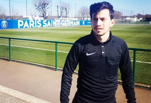 """رضوان شيكر.. أول حكم مغربي في تاريخ الـ PSG يخطو بثبات لبلوغ """"الليغ 1"""""""