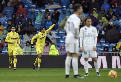 """""""غواصات فياريال"""" تغرق ريال مدريد بهدف قاتل وتزيد من متاعبه في الدوري الإسباني"""
