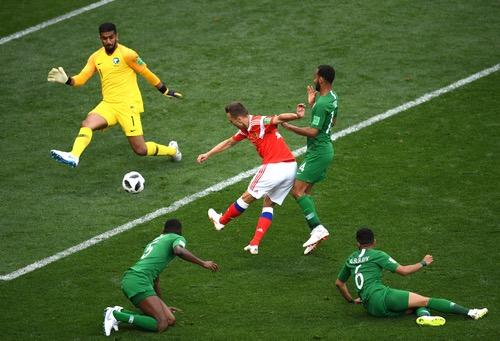 كأس العالم 2018).. المنتخب الروسي يُسجل الهدف الرابع في شباك المنتخب السعودي )
