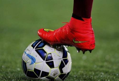 """بسبب العقوبات.. شركة """"نايك"""" ترفض تزويد المنتخب الإيراني بالأحدية في مباريات كأس العالم"""