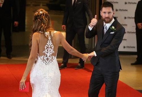لاعب إسباني سابق يُوصي لاعبي الكرة بعدم الزواج للحفاظ على أموالهم