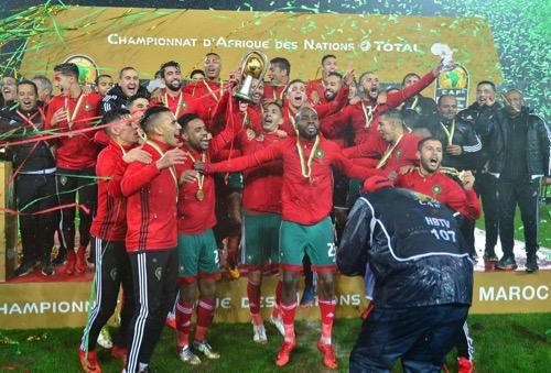 الملك مُحمد السادس للاعبي المنتخب: تستحقون التتويج لروحكم التنافسية وآدائكم الرائع