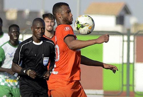 """بعد رِحلته مع الـRSB إلى السنغال.. رونار يؤكّد للاعب الكعبي ضمّه للائِحة """"الأسود"""""""