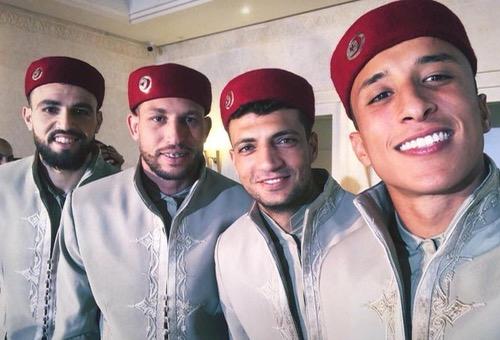 بعثة المنتخب التونسي تتوجه إلى روسيا للمشاركة في المونديال بزيها التقليدي