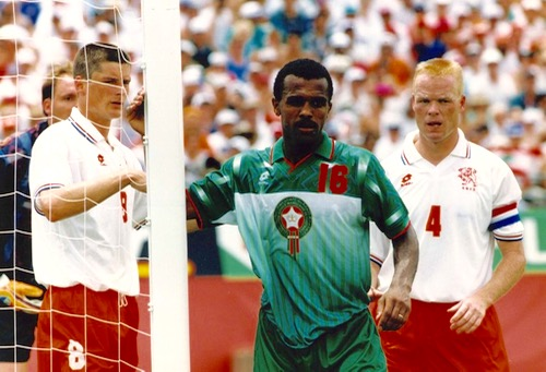 """قصّة من """"المونديال"""".. حين هوى """"الأسود"""" في كأس العالم بالولايات المتحدة الأمريكية"""