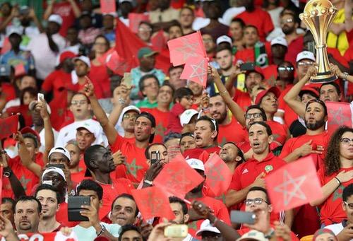 """""""دُونور"""" بشبابيك مغلقة في مباراة """"الأسُود"""" أمام ناميبيا.. ورُبع المقاعد بتذَاكر مؤدّى عنها"""