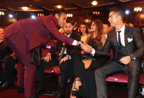 ريفالدو: على نيمار الإطاحة بكريستيانو من دوري الأبطال إن أراد أن يكون الأفضل في العالم