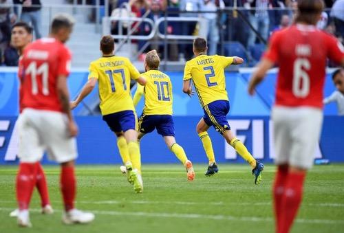 السويد تقصي سويسرا وتحجز مقعدها في ربع نهائي المونديال