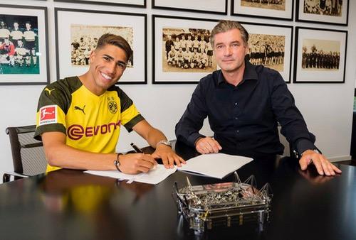 """رسميًا.. حكيمي يوقّع في كُشوفات دورتموند الألماني """"معارا"""" من ريال مدريد"""