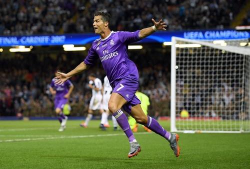 رونالدو أول لاعب يسجل في ثلاث مباريات نهائية لدوري أبطال أوروبا بنظامها الحالي