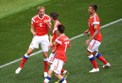 (كأس العالم 2018).. المنتخب الروسي يُسجل الهدف الخامس في شباك المنتخب السعودي )