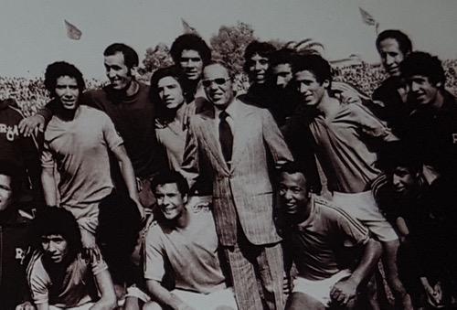 """قصّة نِهائي """"كأس العرش"""".. حين توّج الرجاء البيضاوي بأوّل لقبٍ سنة 1974"""