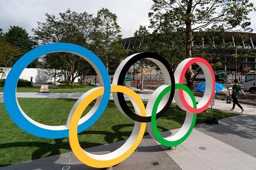 """اللجنة المنظمة للألعاب الأولمبية """"طوكيو 2021"""" تنفي مناقشة الإلغاء"""
