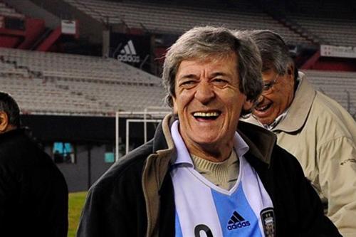 مينوتي: المقارنة بين ميسي وكريستيانو ليست في صالح كرة القدم