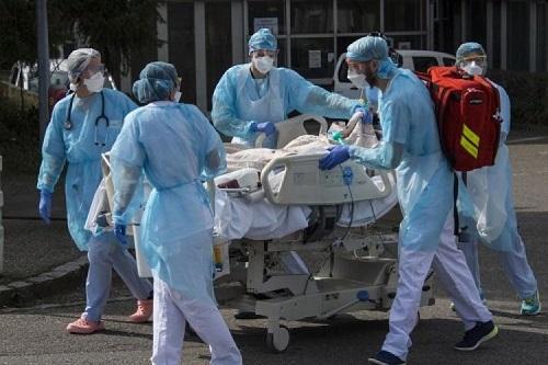 """عدد إصابات """"كورونا"""" بالمملكة يصل إلى """"990"""""""