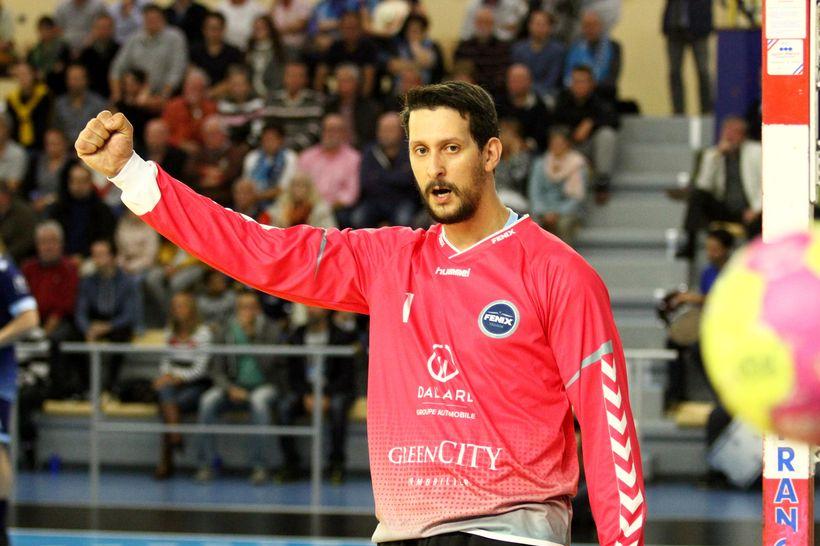 """أيقونة كرة اليد المغربية مرشح لنيل جائزة """"الأفضل"""" في فرنسا"""