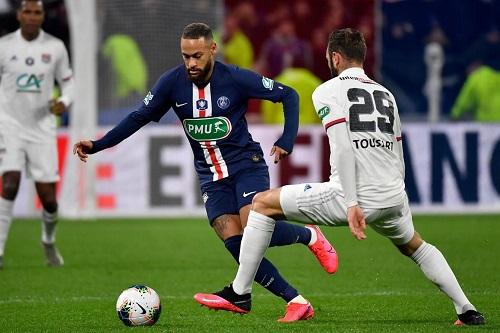 باريس سان جرمان يسعى للثلاثية أمام ليون في نهائي كأس الرابطة