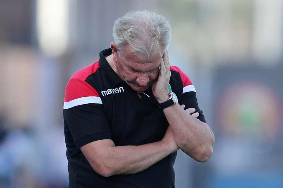 """غينيا تقيل المدرب بوت بعد نتائج """"غير مرضية"""""""