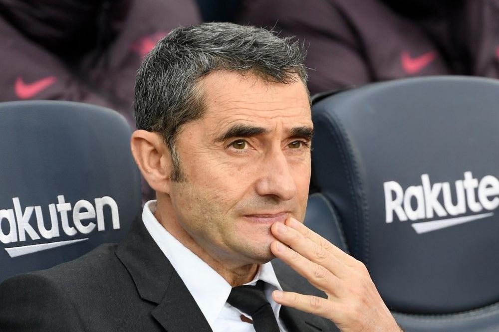 رسميا.. برشلونة يقيل مدربه فالفيردي ويعين كيكي سيتيين بديلا له