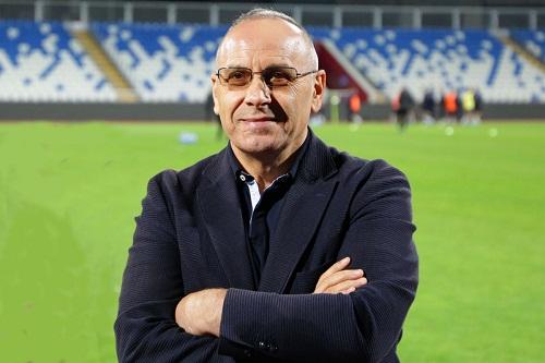 """إيداع رئيس اتحاد الكرة في كوسوفو """"السجن"""""""