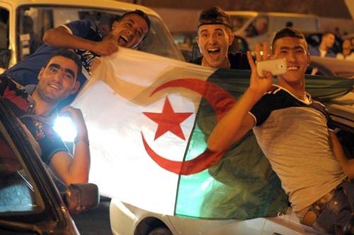 فرحة عارمة في مدن الجزائر بعد الظفر باللقب القاري الثاني للمنتخب