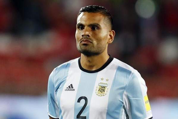 ميركادو: ميسي أصعب لاعب يمكن مواجهته