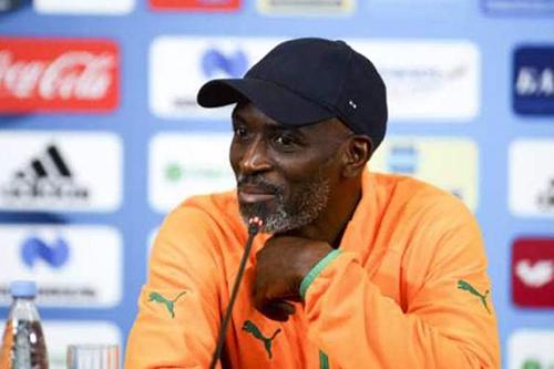 مدرب كوت ديفوار يلوم الحظ بعد الخروج أمام الجزائر