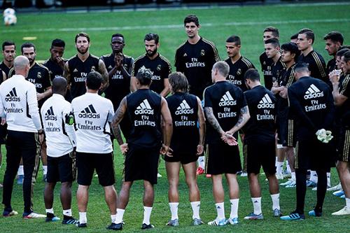 ريال مدريد يتدرب بدون غاريث بيل وكيلور نافاس