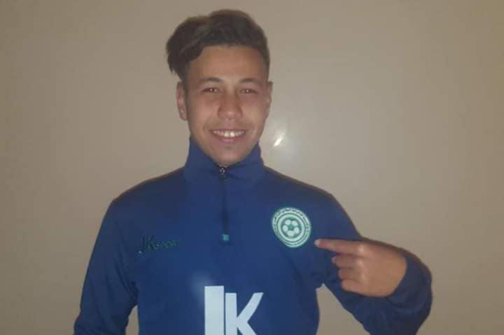 ناد التونسي يخطف موهبة شابة من الأندية الوطنية