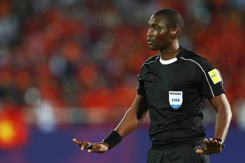 رسميا.. الكاميروني أليوم حكما لنهائي كأس إفريقيا