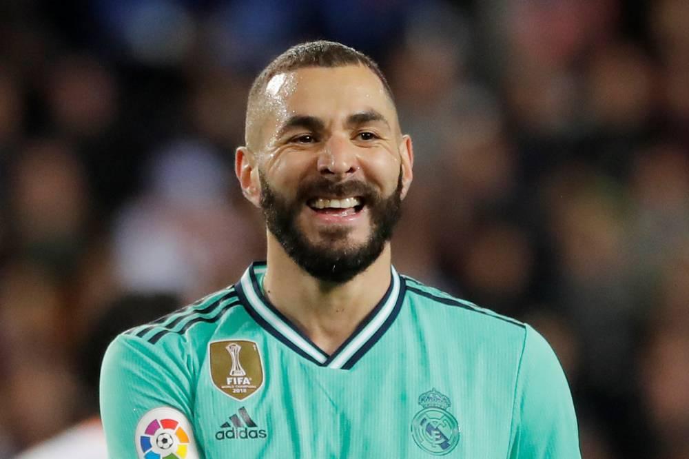 بنزيمه يقود الريال لتعادل قاتل مع فالنسيا بالدوري الإسباني