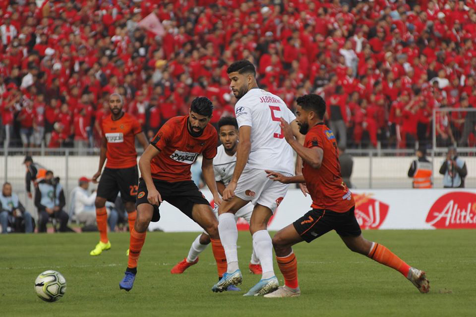 توقيف الهلالي 6 مباريات واستدعاء الرداد وجبران