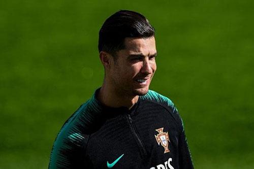 مدرب البرتغال: رونالدو في حالة جيدة وسيلعب أمام ليتوانيا