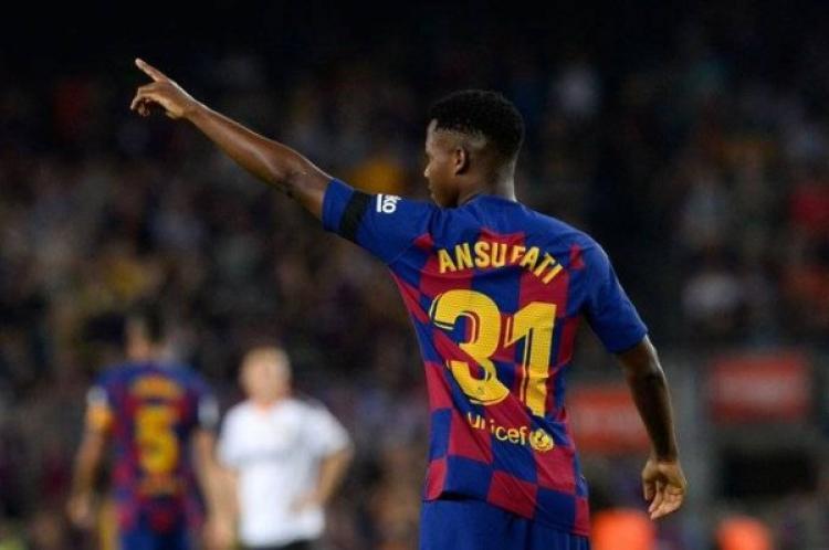 """""""فيفا"""" يسمح لنجم برشلونة الصاعد باللعب لإسبانيا"""