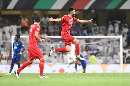 النجم الساحلي يهزم الهلال السعودي ويتوج بالبطولة العربية