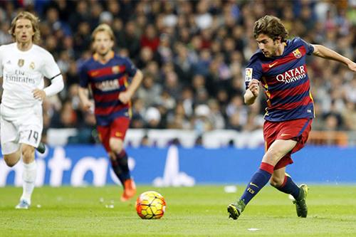 نجم برشلونة: لسنا مرشحين للفوز بدوري الأبطال