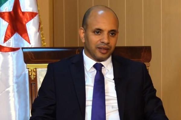 """الجزائر تستعد لإعلان """"قرارات تاريخية"""" بتطوير الكرة"""