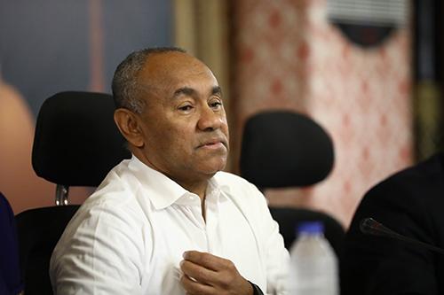 """أحمد أحمد يُلخّص قرارات """"كاف"""" الحاسمة.. ويشكر الرئيس المصري"""