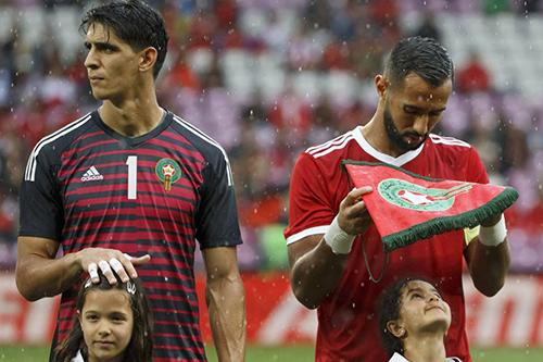 """خمسة """"أسود"""" مغربية تجتاح التشكيلة المثالية للاعبين """"المغاربيين"""""""