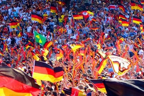 الألمان يشرعون في اقتناء تذاكر يورو 2020
