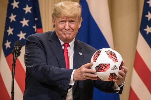 دونالد ترامب يرغب في عودة الجماهير للملاعب