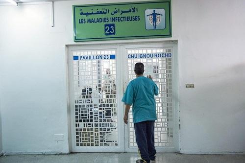 """المغرب يسجل 4206 إصابات و52 وفاة بـ""""كورونا"""""""