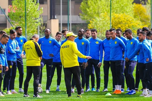 المغرب الفاسي يكشف حالة اللاعبين المصابين