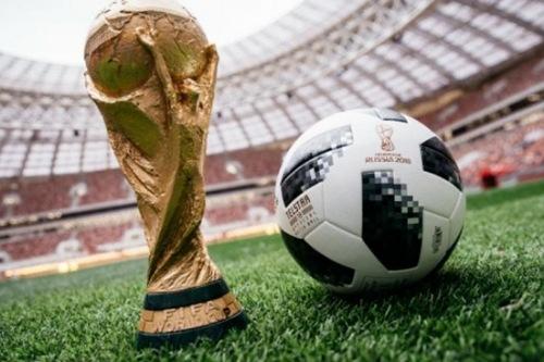 (فيفا) يعلن توصله لتسوية بشأن نزاع لبث سفن سياحية مباريات كأس العالم