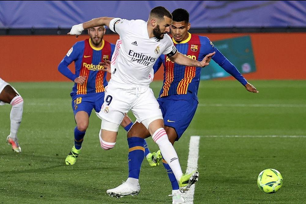 التشكيلة الأساسية لبرشلونة وريال مدريد في الكلاسيكو