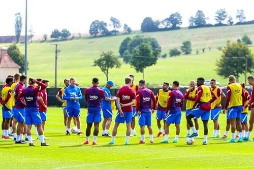 حصة تدريبية خفيفة لبرشلونة قبل مواجهة شتوتغارت