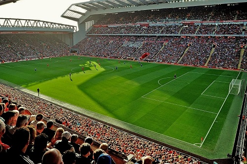عودة جزئية لجماهير إنجلترا إلى الملاعب الرياضية